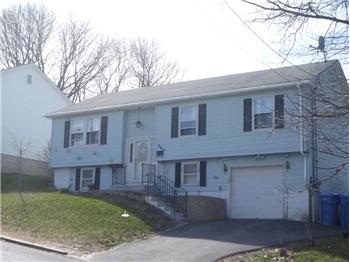 waterbury singles Browse our waterbury, ct single-family homes for sale view property photos and listing details of available homes on the market.