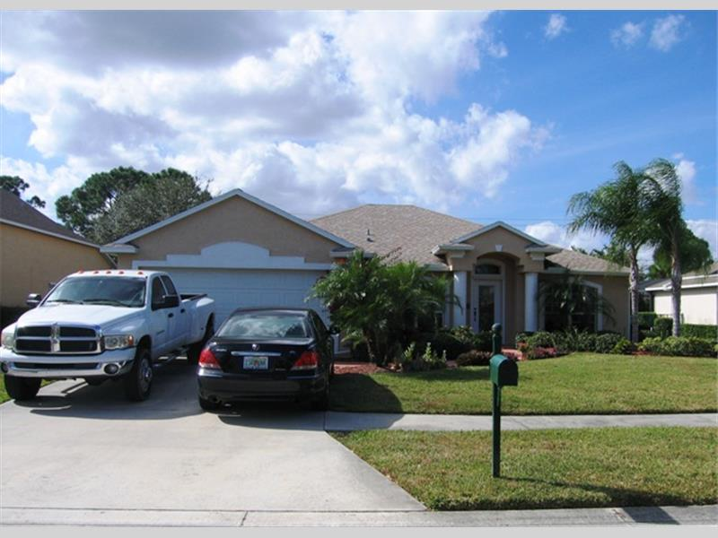Sawgrass lakes port saint lucie fl 34953 presented by for Mercedes benz of port st lucie