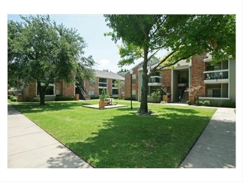 Apartments Near Dallas North Tollway